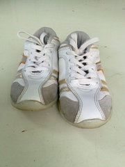 Продам кроссовки белого цвета, фирмы walker,  31р.